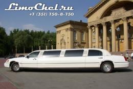 Lincoln Town-Car (2)